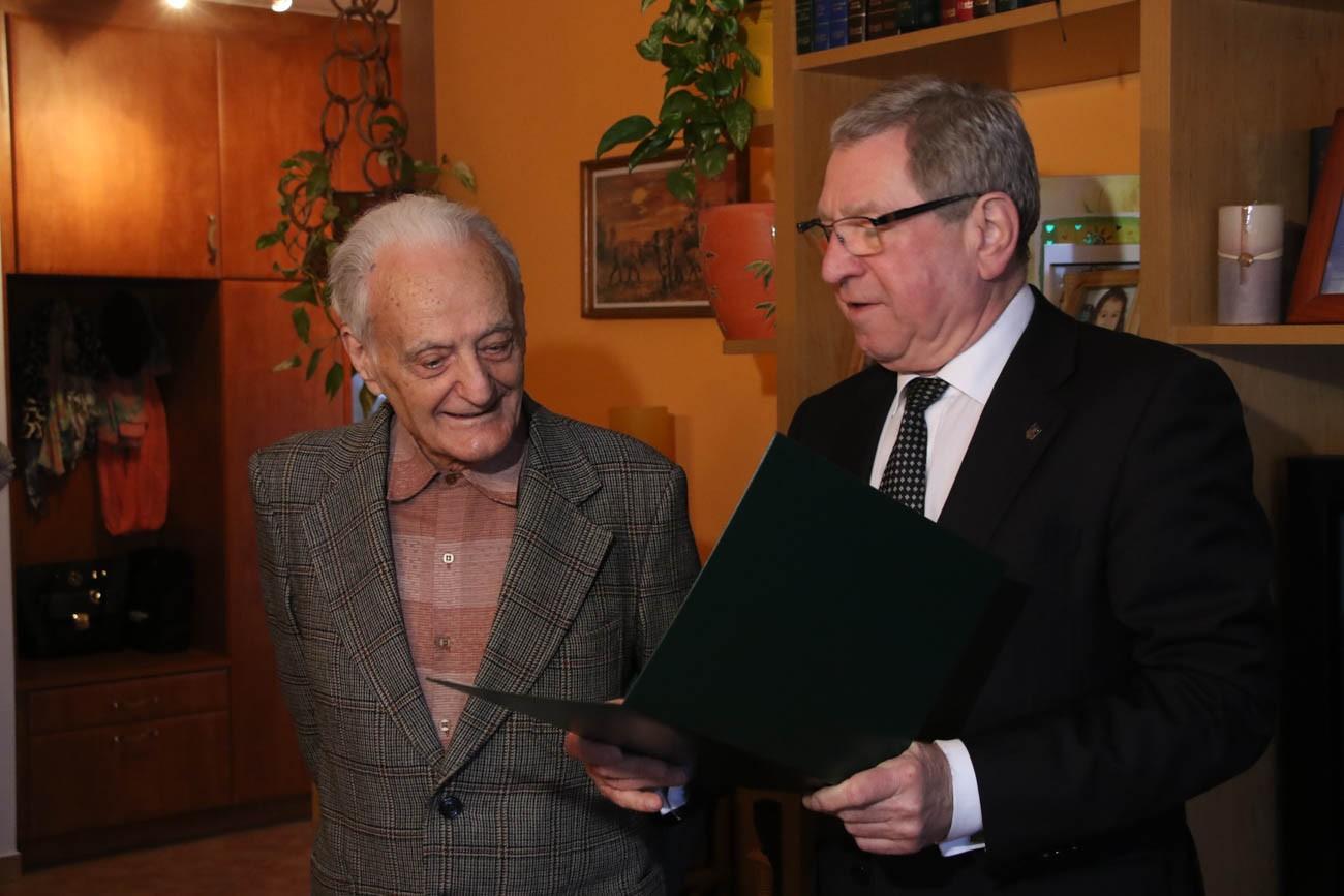 Mester Péter szépkorú köszöntése - Molnár Miklós - Szombathely.hu a603affffd
